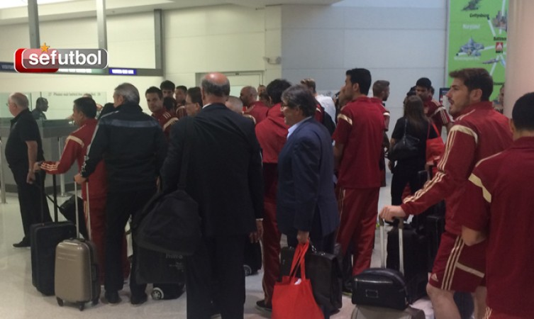 Spain lands in Washington D.C. and the World Cup gets closer